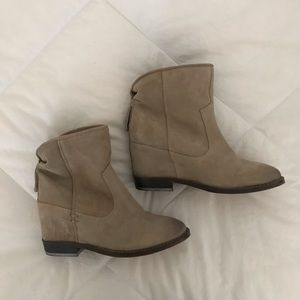 Zara Leather Ankle Boots with Interior Wedge